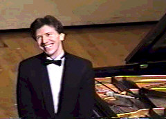 Gibbons acknowledging standing ovations during his 1999 US tour